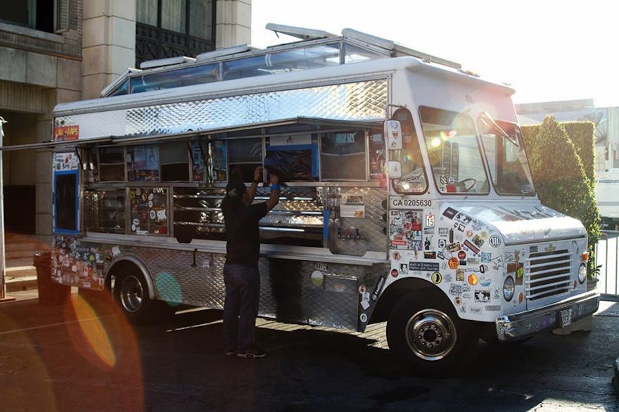 Roy choi takes gourmet fast food to the streets for Design your food truck
