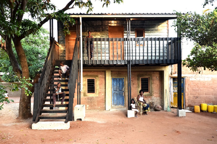 Low cost housing project harnesses existing infrastructure for Design casa low cost