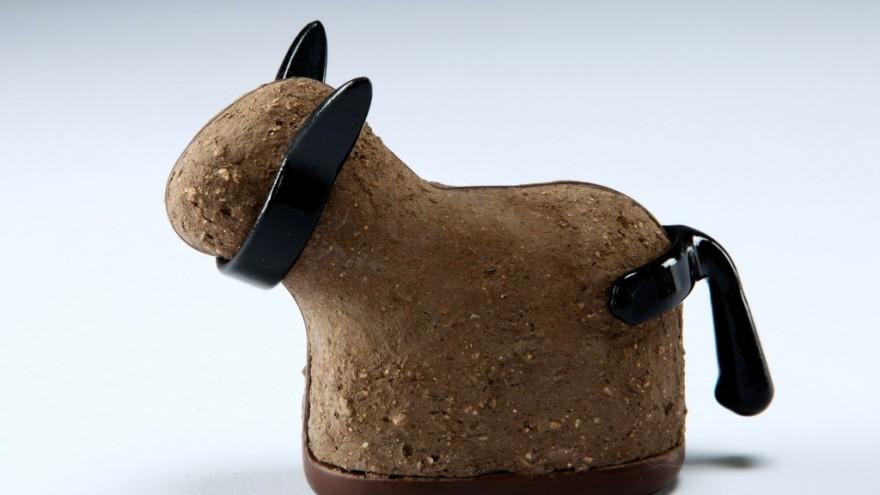 Noa Himelfarb's Muzoo DIY mud doll kit.