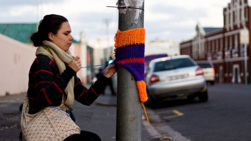 Yarn Bombing in Cape Town by Isabeau Jourbert. Photo: Ed Basson.