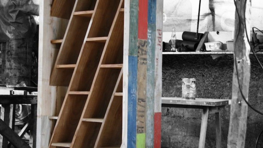 25s32e Bookcase by Aldo Tornaghi and Ab Oosterwaal, Piratas do Pau, Mozambique.