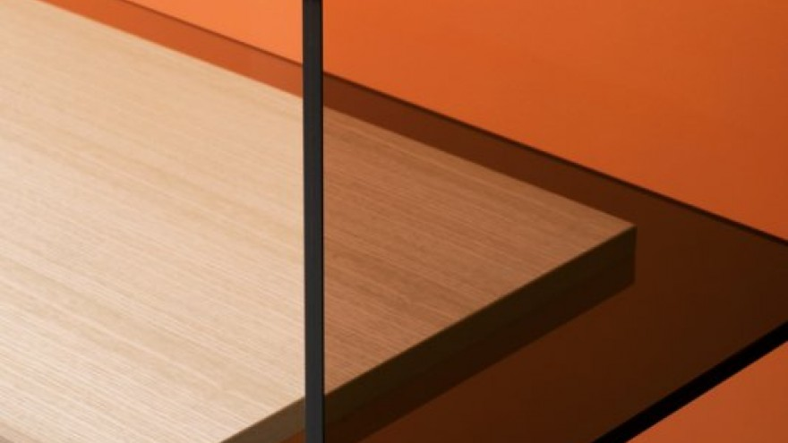 Diapositive detail by the Bouroullec Brothers for Glas Italia.