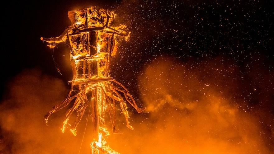The burning Sanclan.