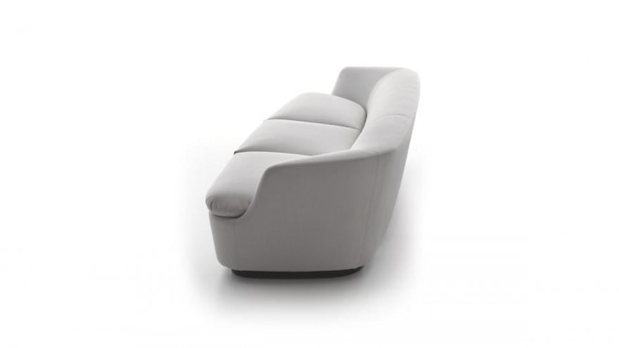 Orla Sofa by Jasper Morrison for Cappellini.