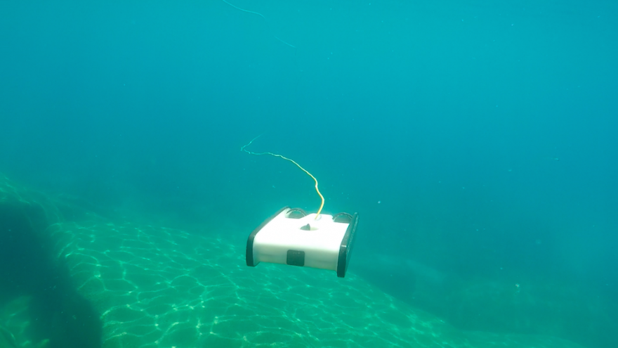 This nifty underwater explorer is light, and low-cost.