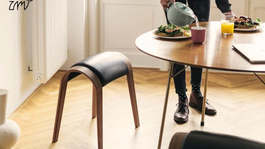 The stool can also be used for stretching and exercises.