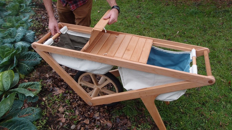 Harvest Cart in use