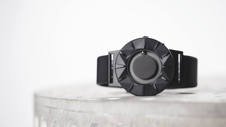 The Bradley Element: A watch for the visually-impaired ...