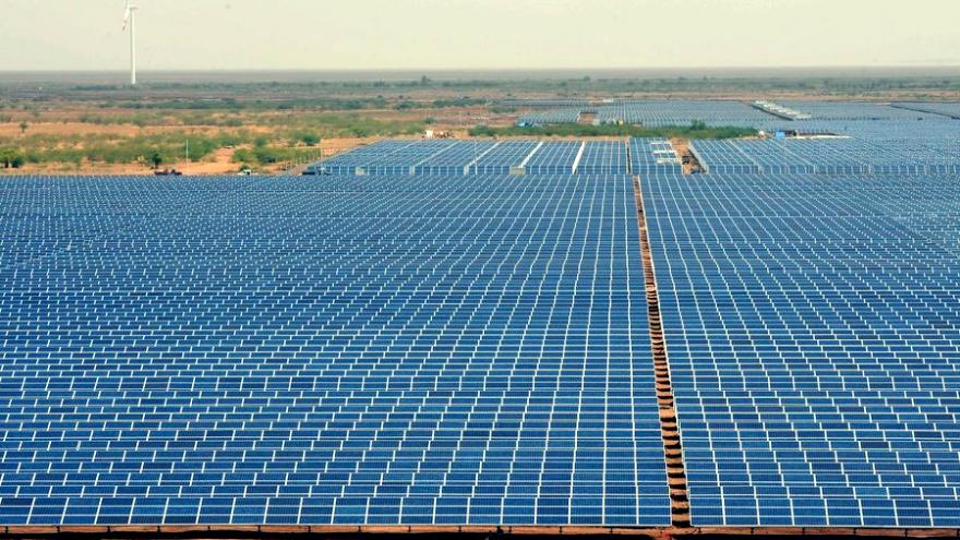 India's Charanka solar park
