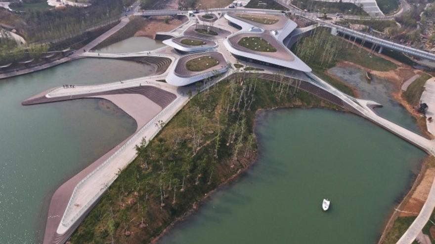Heavenly Water Service Center Service Center by Zhenfei Wang