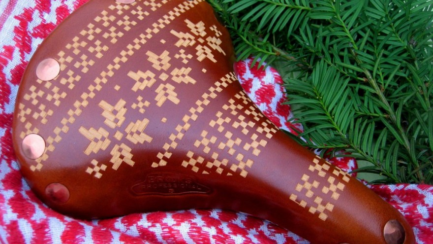 Fairisle saddle design by Kara Ginther.