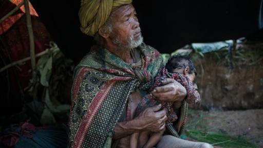 Photographer documents the last nomadic people of Nepal