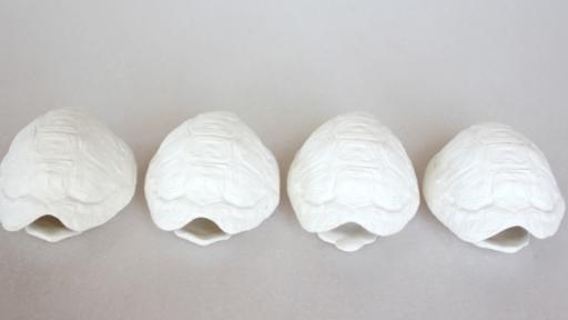 Catherine Ash: Self-taught in the art of ceramics.