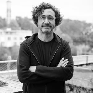 Alfredo Brillembourg is an architect and urban designer redefining the socio-economic system to overcome the emergent challenges in rapid urbanisation.