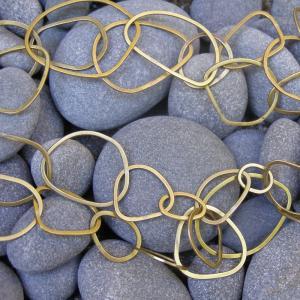 Gold chain square.