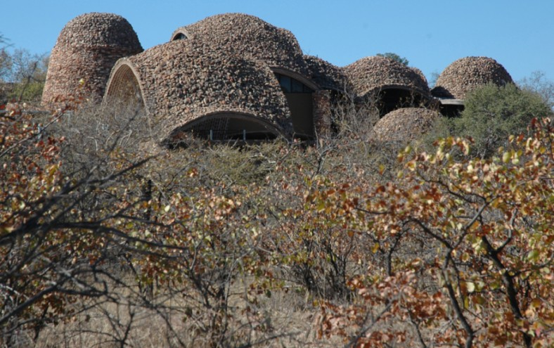 MBOISA 8: Mapungubwe Interpretation Centre by Peter Rich.