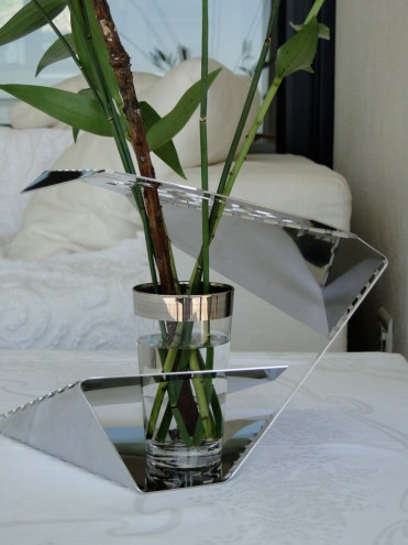 Refraction Vase by Jasper Eales Original.