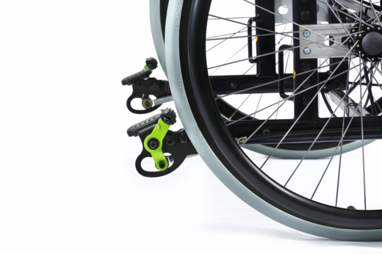 Life and Mobility Development - Blocker-wheelchair braking system