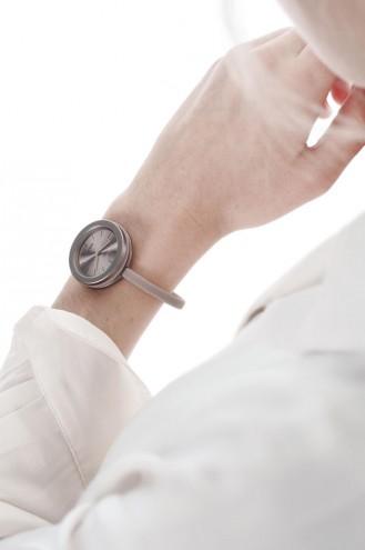 Take Time watch by Mathieu Lehanneur.