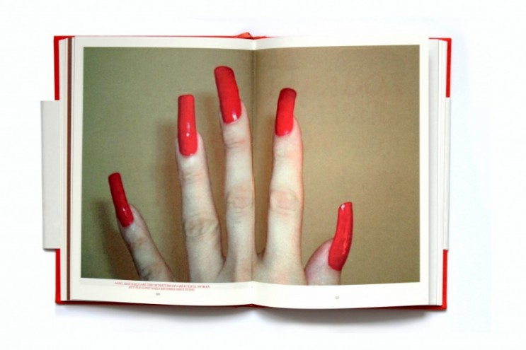 Aversive Aesthetics by Merel Witteman.
