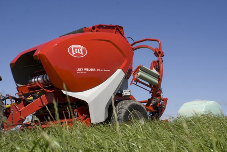Product Design, Best Industrial Product winner: Lely Welger RP 254 by Lely desig
