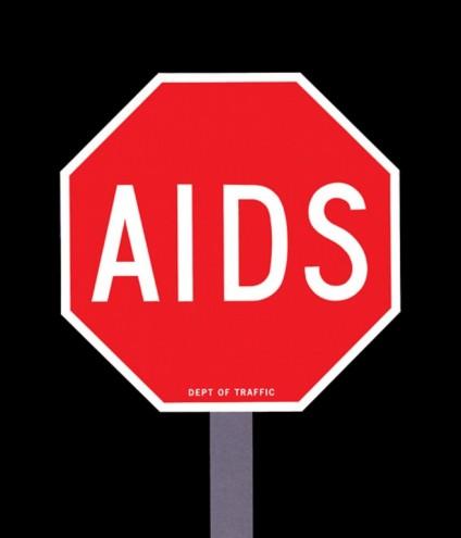 Aids Posters: USA. Image via http://jump.dexigner.com/news/22023.
