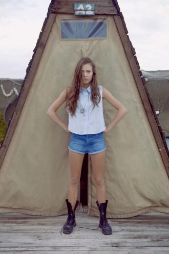 The Joinery - Virginia - Blue hemp swing top, Rembrandt - Hemp denim shorts