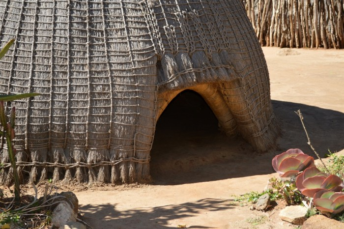 Traditional bee hive hut in Swaziland: American architect Jon Sojkowski is gathering an online archive of images and information that celebrate African vernacular architecture