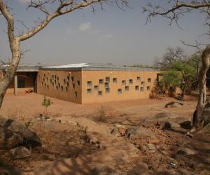 Centre de Santé et de Promotion Social, CSPS by Francis Kéré.