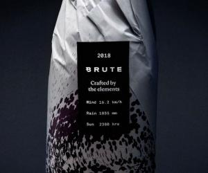 Brute wine's generative identity label by Patrik Hübner
