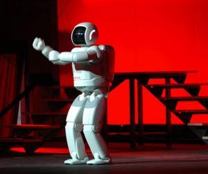 Honda's Asimo humanoid robot. Image via Wired.