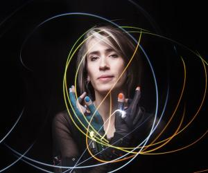 Self-produced singer-songwriter Imogen Heap is an unusual digital diva with rare technical savvy and a personal vision for the future of the music industry. Image: Fiona Garden