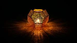 Tom Dixon Etch light.