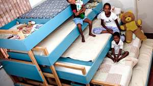 2008: Nested Bunk Beds by Y Tsai