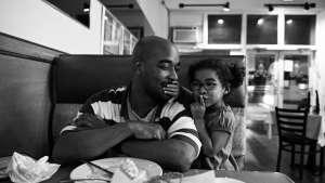 Zun Lee's photographs alternate notions of black fatherhood in America