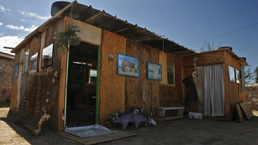 The travelling Nuestra Casa installation. An informal house typical to the area