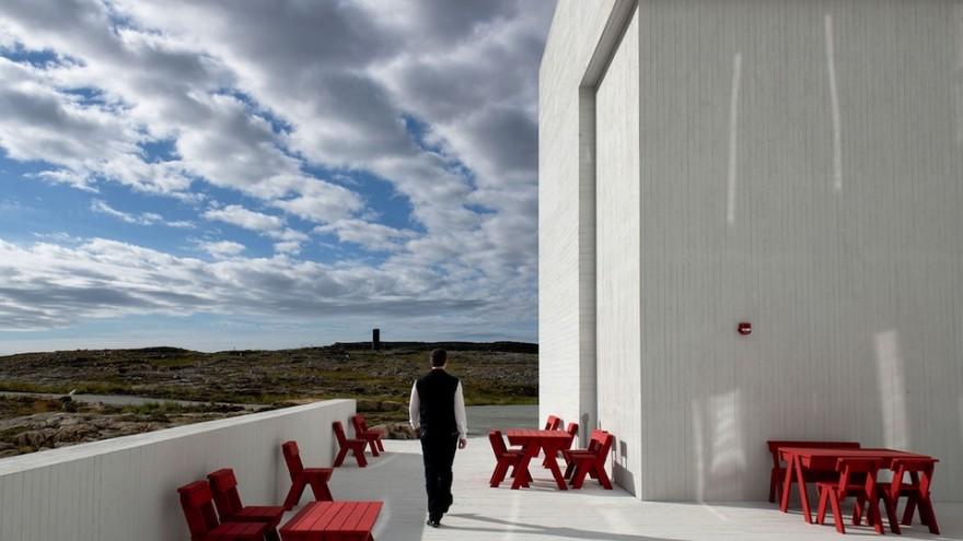 Fogo Inn outdoor furniture by Ineke Hans