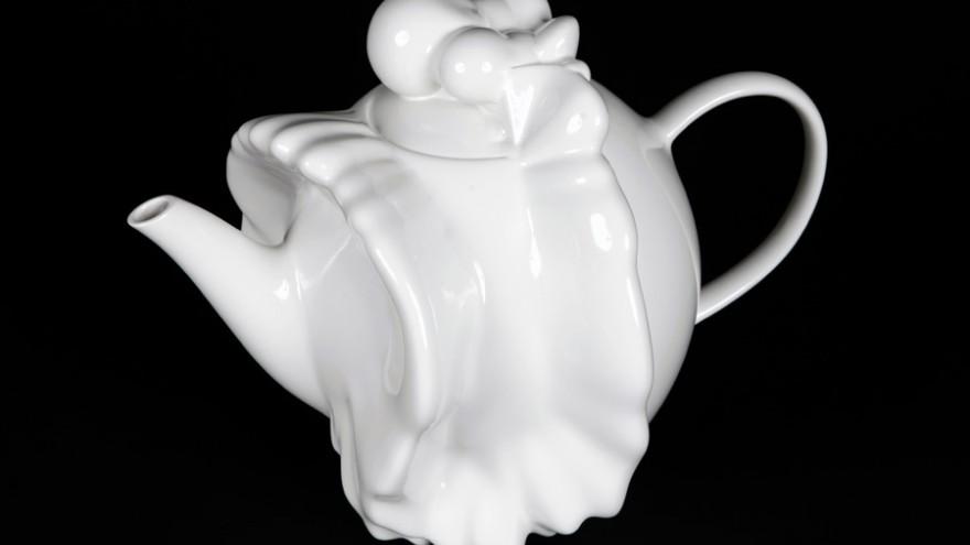 Crossfire Teapot by Geoff Mann.