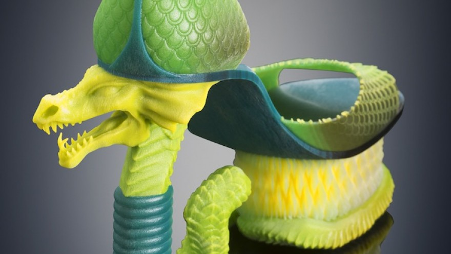 Extreme Serpent shoes in green by Michaella Janse van Vuuren 3D printed on Stratasys Connex3. Image: Yoram Reshef.