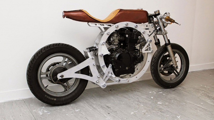 Tinker by Jack Lennie is an open-source, fully downloadable motorcycle.