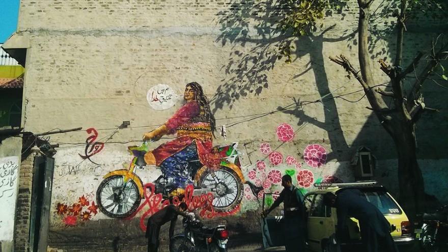 In Rawalpindi, the collective painted Bubbli Mallik, a Khwaja-sira (transgender person) riding a motorcycle.