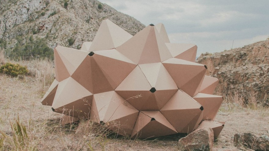 Helix, a nomadic shelter made for one