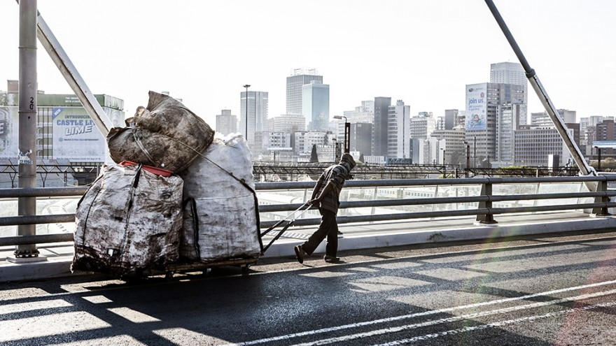 """Recyclers. """"Wake up, This is Joburg"""" is a series of 10 books that tells the stories of the peculiar urban inhabitants of Johannesburg. Image: Mark Lewis"""