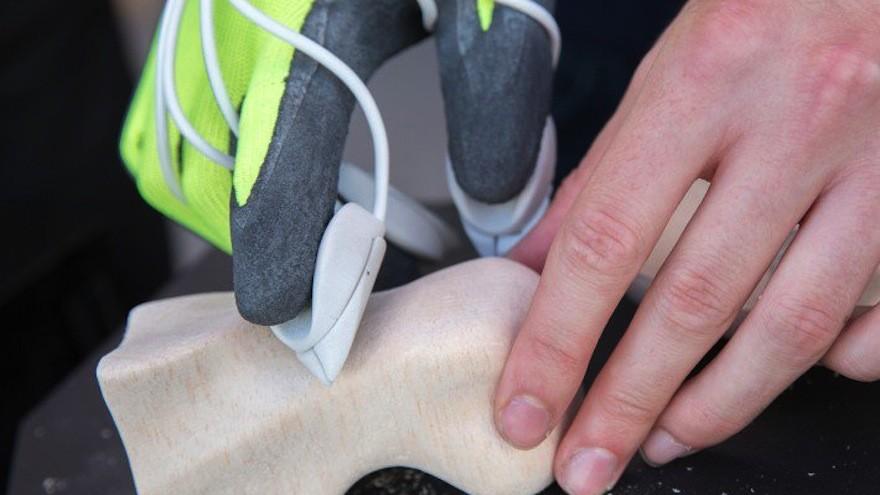 Happaratus Sculpture tool by Morten Grønning: a power-glove sculpture tool