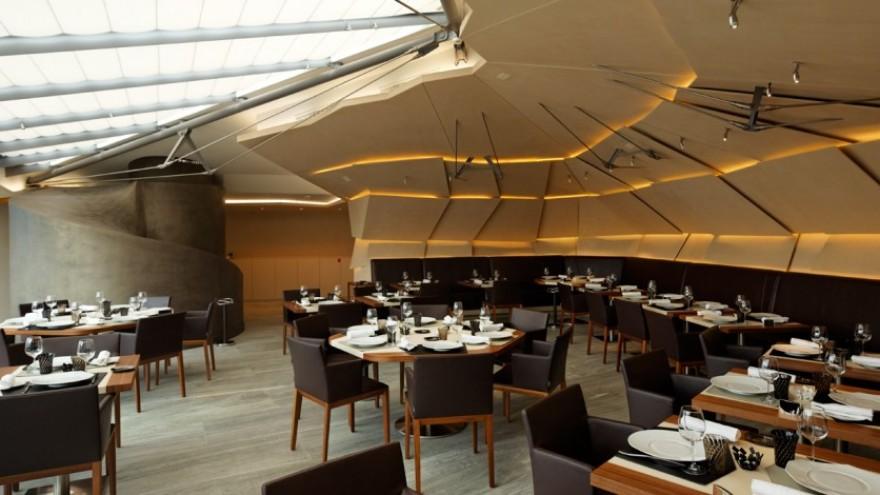 Le 39 V Restaurant. Photo: Mario Pignata, Nicolas Mathéus, Vincent Fillon.