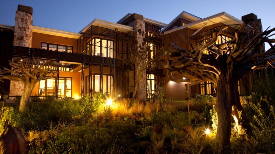 House Jones in Hurlingham, Johannesburg, by ERA Architects.