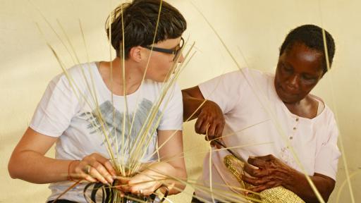 Matali Crasset basket-making workshop with Bulawayo Home Industries. Photo: Eric Gauss/Dogs on the Run.