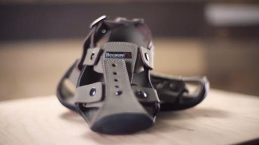 #MakeChange: The incredible growing shoe