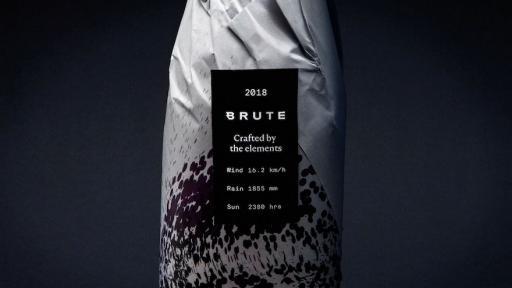 Brute wine's generative identity label by Patrik Hübner