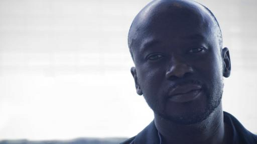 David Adjaye at Design Indaba / portrait (©designboom)